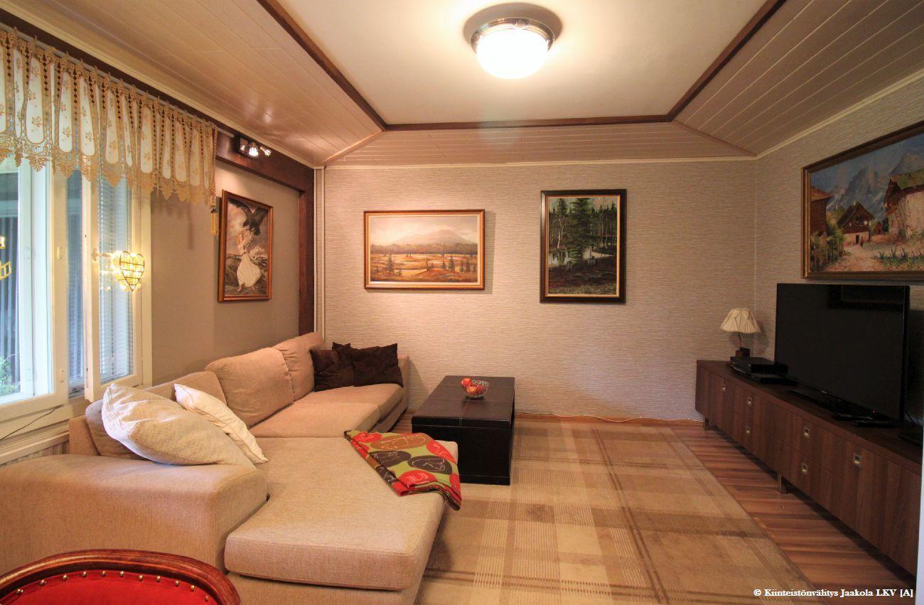 Aslakerran saunaosaston arkiolohuone / 3.makuuhuone