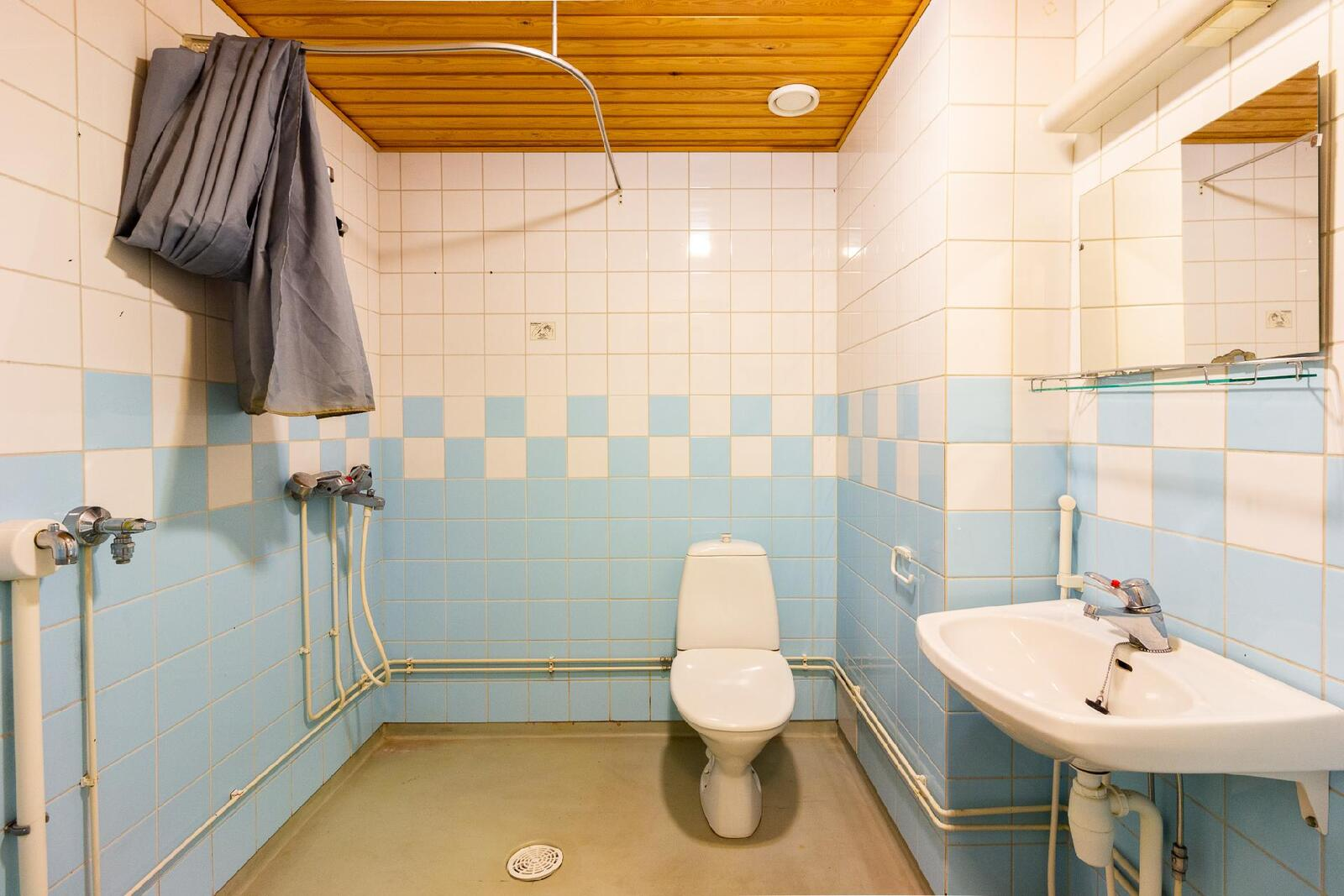 esimerkki kuva huoneiston pesuhuoneesta