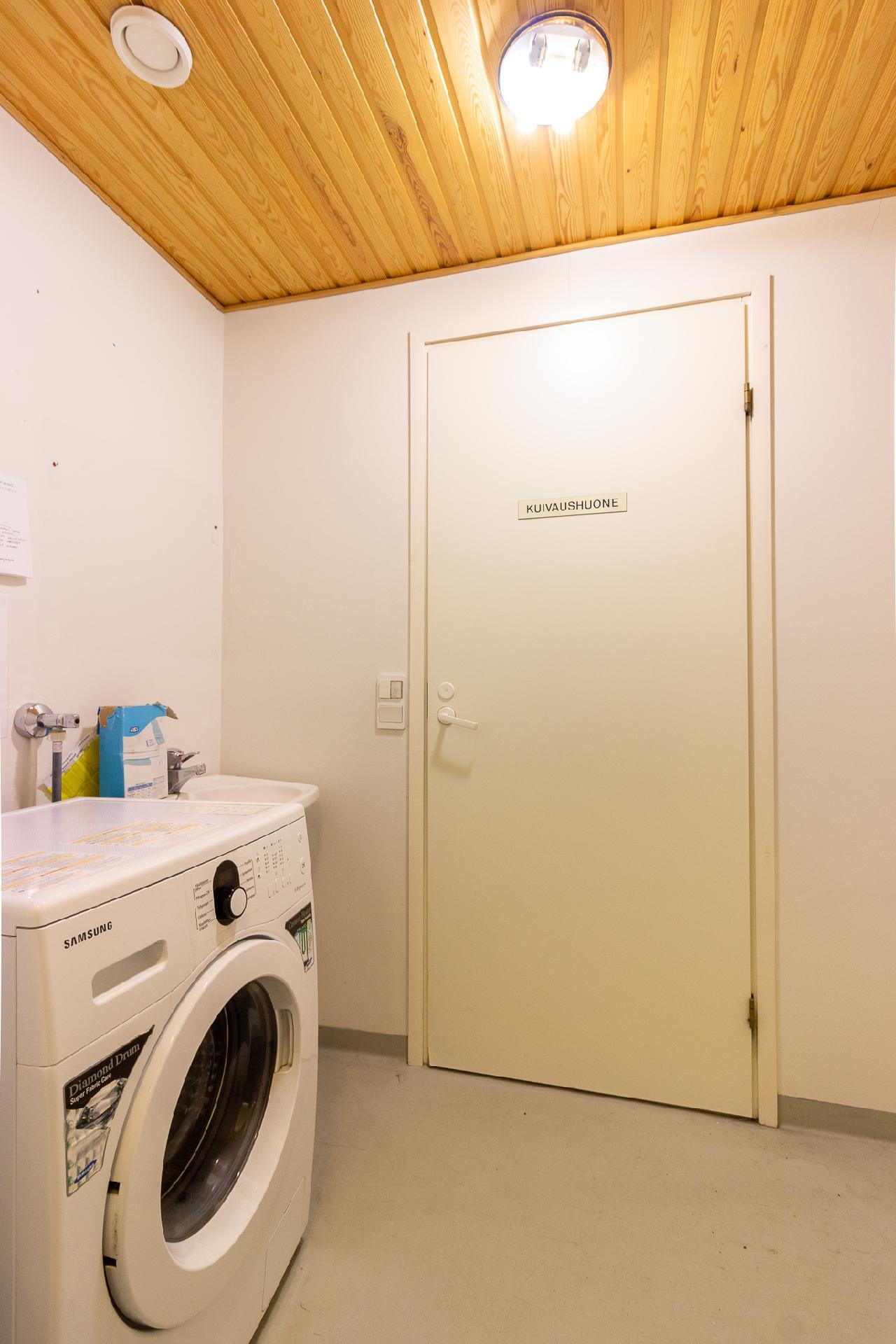 Yleinen pyykinpesuhuone