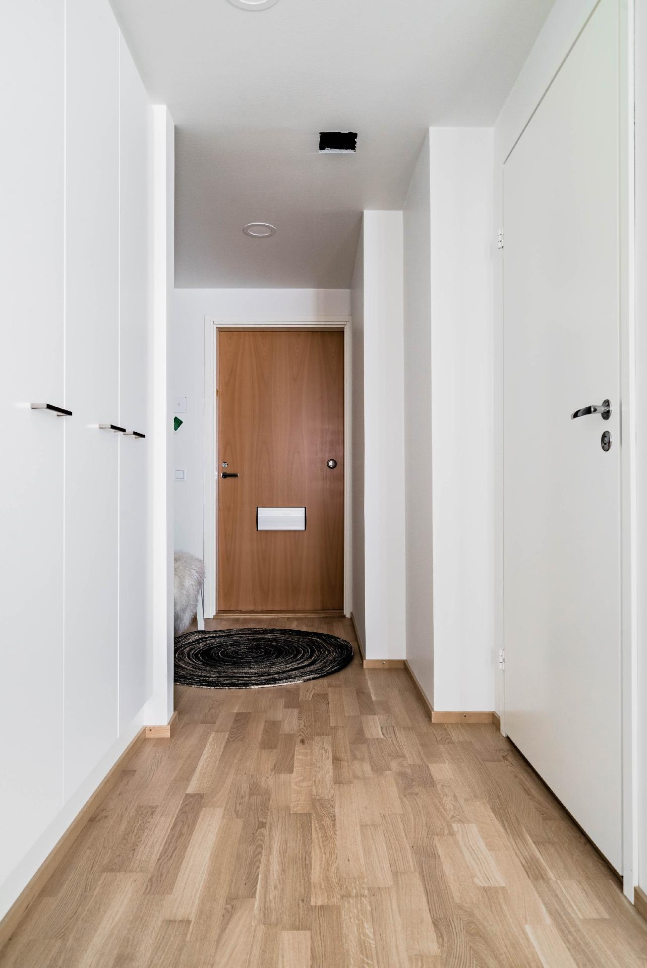 Esittelyasunto C60, 2h, k, s, 51 m², eteinen
