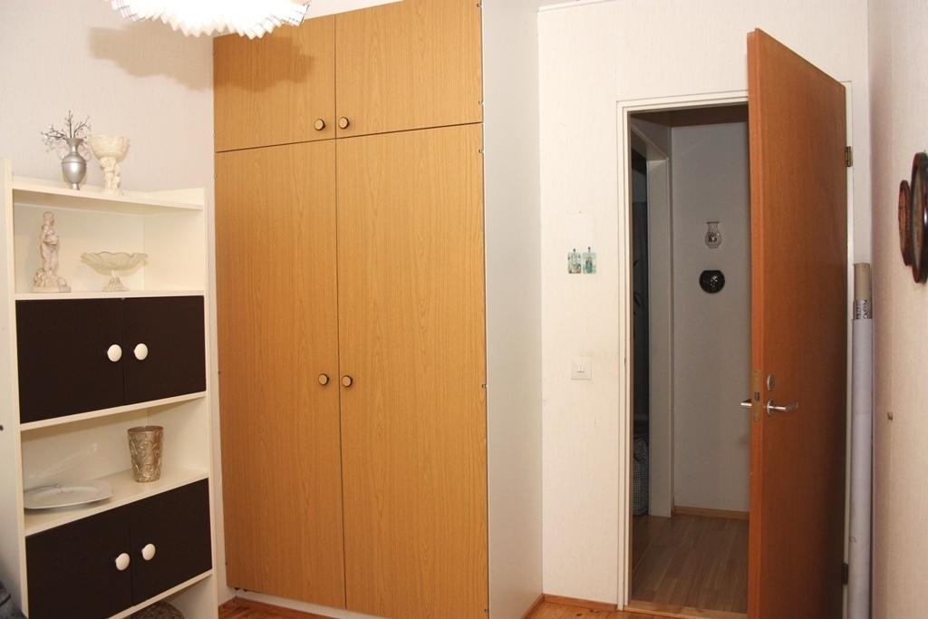 Makuuhuone 3 kaapit