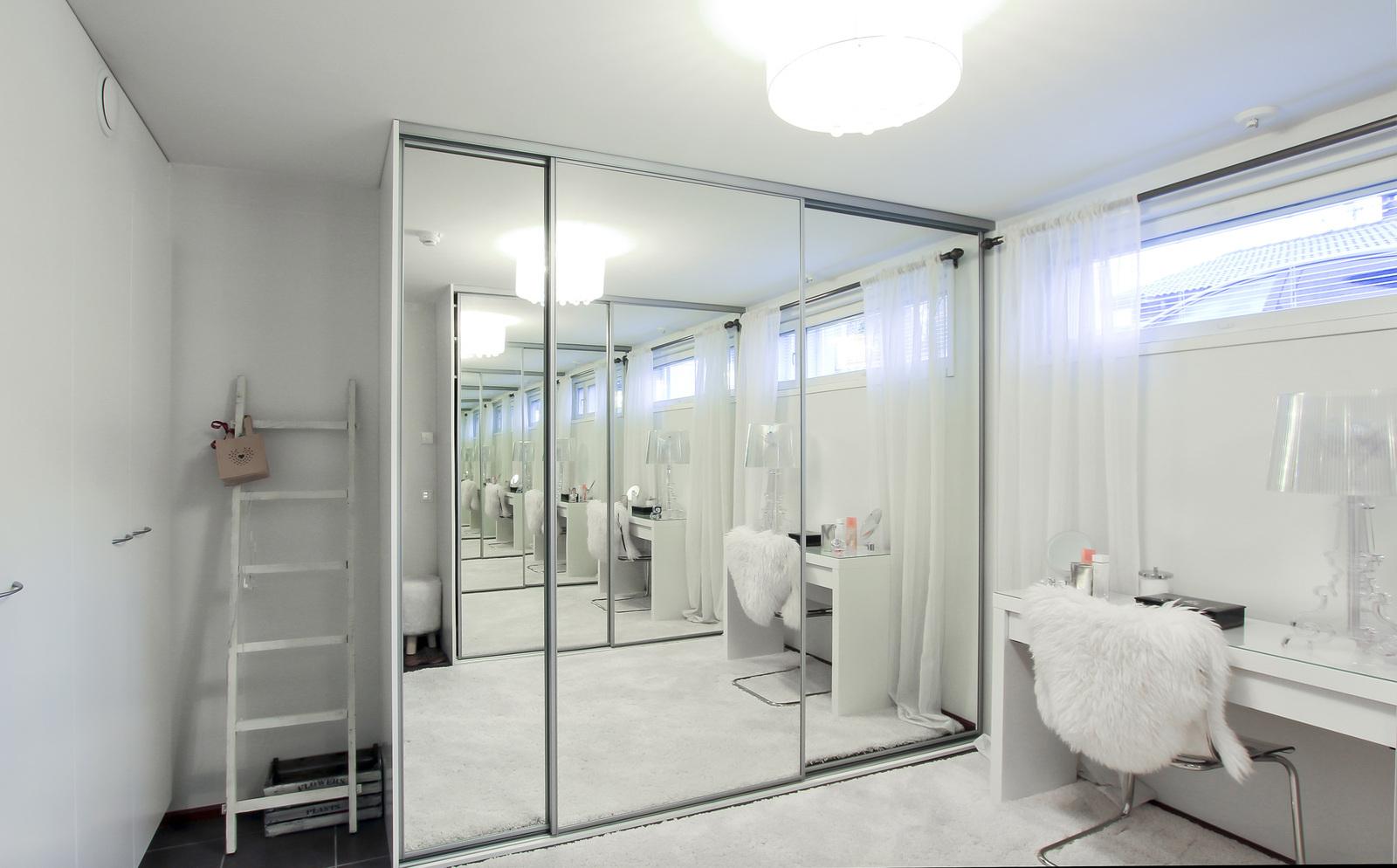 alakerran makuuhuone nyt pukeutumishuoneena