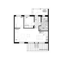 Asunnossa E10 on 3 valoisaa huonetta, lasiseinäinen sauna, tilava terassi ja piha sekä metsänäkymät!