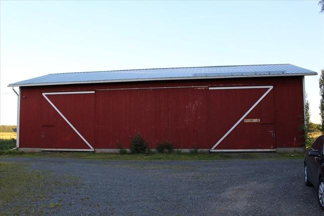 Konehalli 200 m², ovet 2 kpl 4,3 m x 4 m