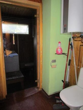Pesuhuone / wc / sauna -yhdistelmä