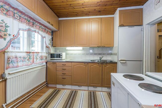 Vanhemman talon keittiötä