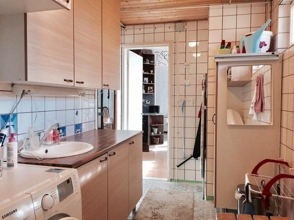 Kylpyhuone/khh