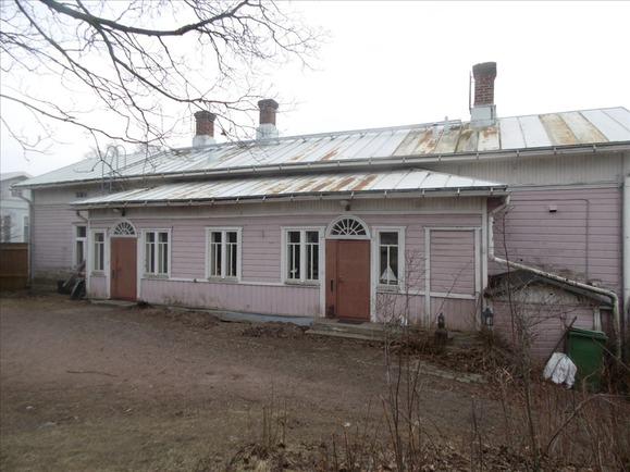 talo pihalta