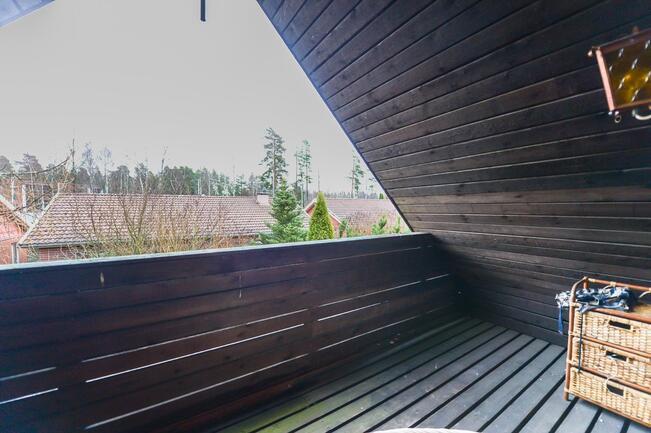 Yläkerran parveke / Balkong i övre våningen