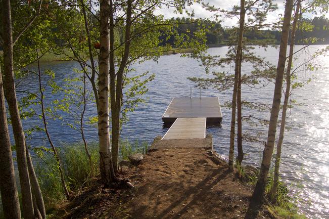 Uimapaikka Päijänteen rannassa