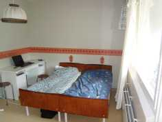 kuva toisesta makuuhuoneesta