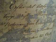 asiakirja keltaisen kamarin katosta