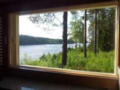 Näkymä saunan ikkunasta