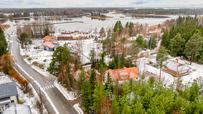 Myynti Västervikin Huvilatie 2