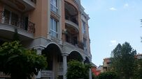 Myynti Venera Palace complex