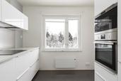 Myynti Helsingintie 330 B