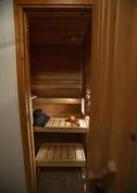 Sisäänkäynti saunaan