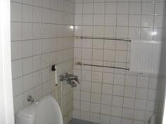 Huoneiston kylpyhuone/wc