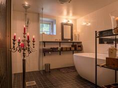 sauna kylpyhuone-Bastu badrum