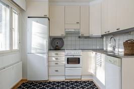 keittiössä on uusitut kylmälaitteet