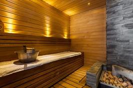 ja tunnelmallinen sauna