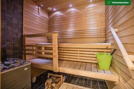 Sauna on as 1:n puolella