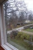 ikkunanäkymä Laukkatielle