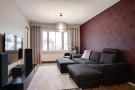 Koko asunto remontoitu 2013-14/ Hela lägenheten renoverad 2013-14