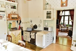 keittiössä puuliesi