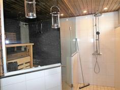 Kylpyhuone- ja saunatilat