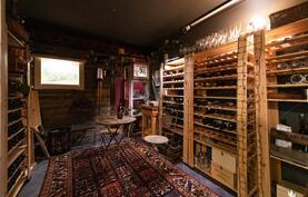 Viinihuone