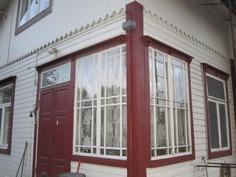 Portaikkon kauniit ikkunat