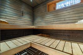Lisää tilaa saunassa