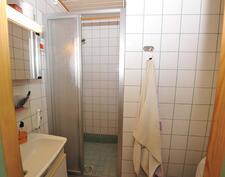 Yläkerran wc & kylpyhuone
