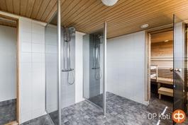 taloyhtiön saunatilat 8. kerroksessa