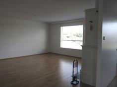 hulppean kokoinen olohuone