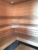 Yhtiön saunaosastoa