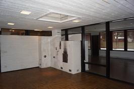 Iso aula on myös takkahuone.