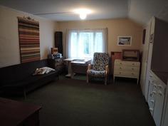 Huone 1 yläkerrassa