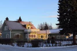Talo Kiviojantieltä