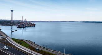 Tervetuloa uuteen huolettomaan kotiisi järven ja kanavan äärelle.