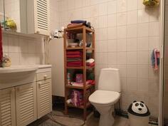 Laajennusosan wc kph:n yhteydessä