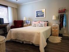 Laajennusosa makuuhuone 1