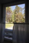 Maisemaa keittiön ikkunasta