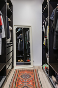 Masterin yhteydessä oleva walk in closet