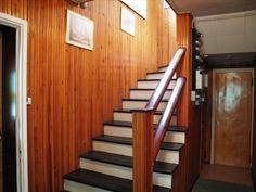 Portaat 2. kerrokseen