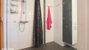 Kylpyhuone saneerattu 2010