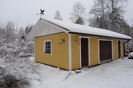 Ulkorakennus, erillinen varasto ja autotalli
