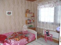 makuuhuone 2, alakerta