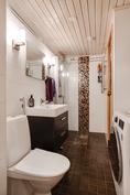 Tyylikäs kylpyhuone/ Stiligt badrum